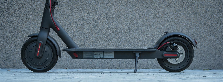 Xiaomi M365 fährt auf luftgefüllten Reifen