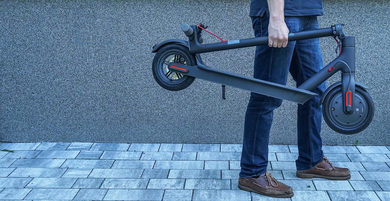 Xiaomi Scooter is leicht zu tragen
